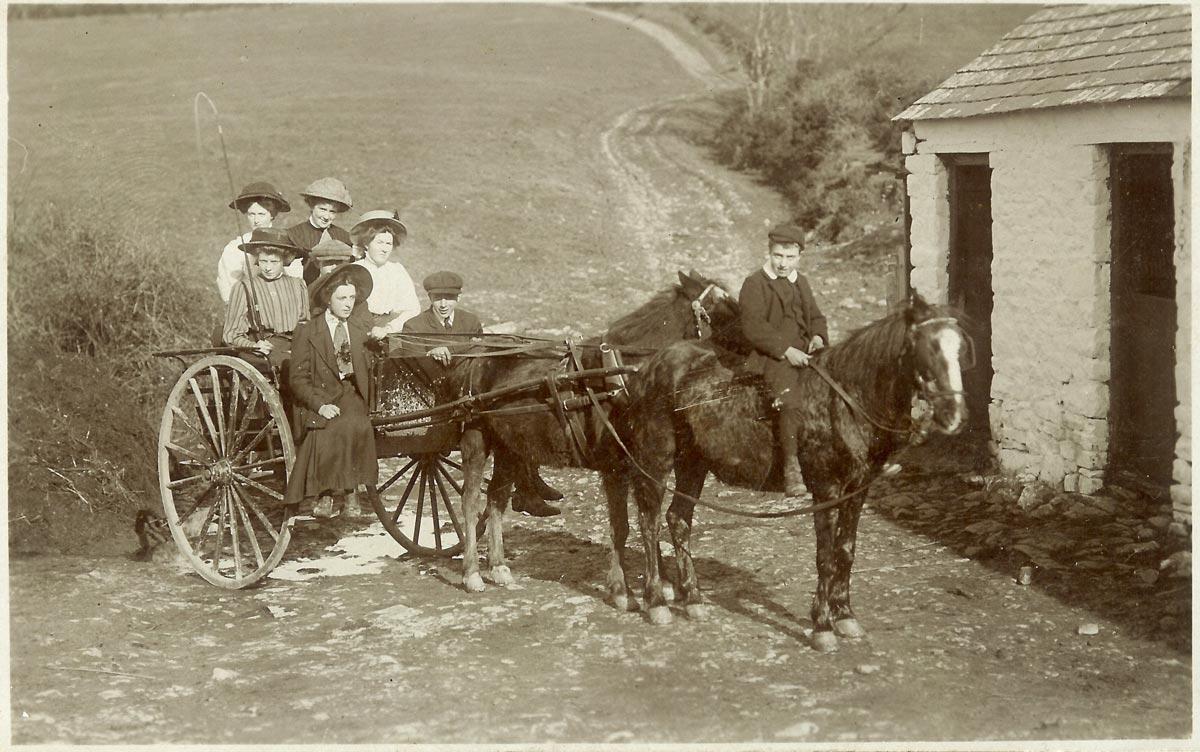 1-Jones-family-Cilcert-Farm-1890s.jpg