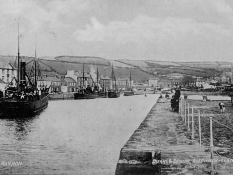 2-Aberaeron-harbour-1909