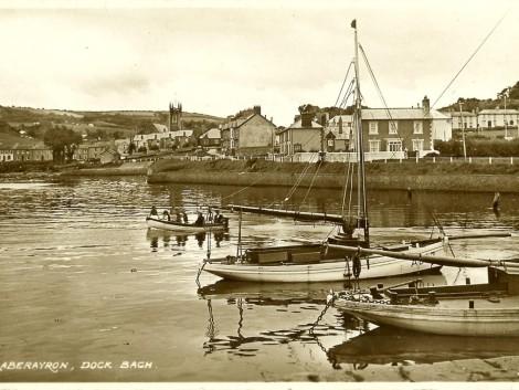 2-Dock-Bach,-Aberaeron,-1910