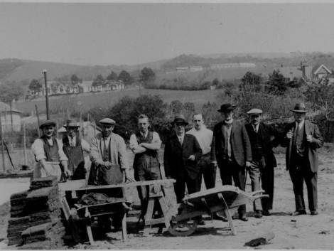 3-Turf-laying-in-Aberaeron,-1930
